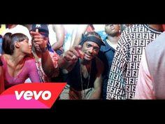 "Mobb Deep featuring Lil' Kim - Quiet Storm Published on Mar 15, 2014 Music video by Mobb Deep featuring Lil' Kim performing Quiet Storm. (C) 1999 Zomba Recording Corp. Music ""Quiet Storm"" by Mobb Deep (Google Play • iTunes)"