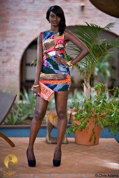 Robe désignee par la marque Belya (Sénégal)