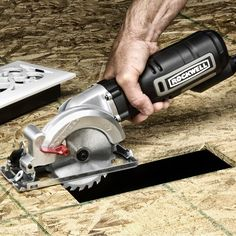 (15) Fancy - Rockwell Compact Circular Saw