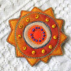 Orange Sun felt brooch by MilenaMisheva on Etsy Wool Embroidery, Wool Applique, Felted Wool Crafts, Felt Crafts, Felt Flowers, Fabric Flowers, Birdhouse Craft, Textiles, Felt Decorations