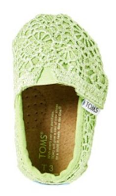 The cutest baby TOMS in lime green lace http://rstyle.me/n/mi9idnyg6