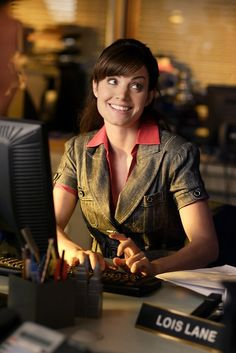 Erica Durance as Lois Lane