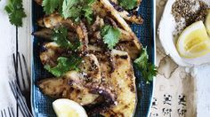 Japanese spices give an exotic edge to simple seafood dishes. Just add sake to finish. Fish Recipes, Seafood Recipes, Asian Recipes, Cooking Recipes, Food L, Good Food, Sea Food, Food Porn, Tuesday Recipe