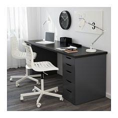 IKEA - LINNMON / ALEX, Table, blanc, , Le long plateau de table permet de créer facilement un espace de travail pour deux.Trous pré-percés pour le montage de pieds.Tiroir avec arrêt pour l'empêcher de sortir entièrement de son emplacement.La finition soignée à l'arrière du meuble permet de le placer au milieu de la pièce.Grâce à ses pieds réglables, la table reste stable même sur des surfaces irrégulières.