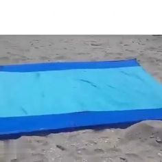 HOT SELLING Sandproof Beach Blanket Lightweight How It Works The dual layer mesh technology features a top layer that allows particles to pass throu Beach Games, Beach Fun, Cool Furniture, Furniture Ideas, Outdoor Furniture, Cool Gadgets To Buy, Beach Meals, Beach Accessories, Beach Blanket