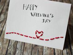 Heute hat Katha von kathastrophal für Dich eine kleine und einfache DIY-Idee für den Valentinstag: eine bestickte Karte mit Herz.