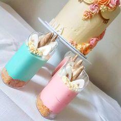 Reposting @the_cookiedoughco: Unicorn Cheesecake Dessert Cups 😍 🦄  Love!  #cake #cakeoftheday #cakesbae #desserttable