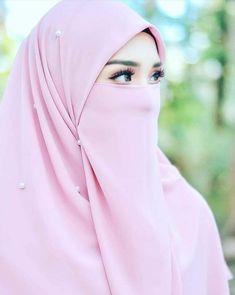 Islam Beautiful hijab and niqab Hijab Niqab, Muslim Hijab, Hijab Chic, Hijab Dp, Arab Girls Hijab, Muslim Girls, Beautiful Muslim Women, Beautiful Hijab, Hijabi Girl