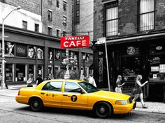 Urban Scene, Yellow Taxi, Prince Street, Lower Manhattan, NYC, Black and White Photography Colors Fotografisk trykk  I like to pay homage to the Yellow taxis of the world and other cars , that happen to be yellow ! https://www.linkedin.com/pulse/finallyhere-jan-ovland - enjoy ! - janovland@gmail.com