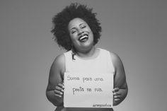 Projeto Coletivo Negra Ativa, afirmação da consciência identitária da mulher negra e valorização da estética negra feminina como resistência ao racismo. Mulheres Negras Resistem! ✊✊✊✊✊✊ Fotografia: Prisma Fotografia Turbantes: Badauê Colaboradoras: Priscila Cruz, Vanessa Bayo Silva, Thays Rodrigues, Rapha Rodrigues, Fernanda Évelyn, Aline More, Thaise Machado. www.instagram.com/negra.ativa www.facebook.com/feminismonegro