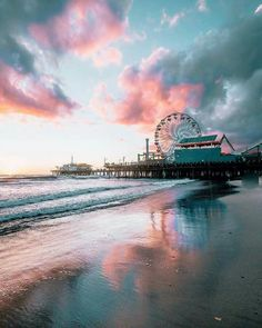 Outdoor Travel photography Santa Monica California US Beautiful Sky, Beautiful World, Beautiful Places, Photo Bretagne, Pretty Pictures, Places To Go, Travel Photography, Nature Photography, Scenery