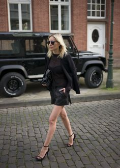 #allblack with leather shorts by tigha and knit + blazer by Zara. Heels by Missguided and sunnies by Dior!