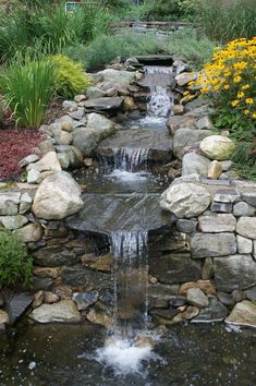 Waterfall Landscaping, Courtyard Landscaping, Garden Waterfall, Small Backyard Landscaping, Ponds Backyard, Landscaping Ideas, Backyard Waterfalls, Backyard Ideas, Mulch Landscaping