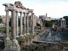 Rome is a very popular destination for tourists visiting Italy. After all, it houses various historical monuments, several of which do not even have any entrance fees. Here are the 5 best historical monuments that you definitely need to see when in Rome.