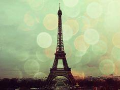 #bokeh Eiffel Tower
