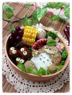 Totoro and Soot Sprites - bento