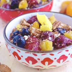 Game Day Breakfast Game Plan = This Super (Chia) Bowl (my notes: 8PP per serving using honey)