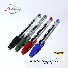 Bolígrafo Bic cristal, es el bolígrafo Bic de toda la vida. Tinta de gel, punta de bola de 1mm, trazo de 0,4mm. Su forma hexagonal nos facilita un mejor agarre, con este modelo podrás escribir dos veces más que con cualquier otro modelo de bolígrafo. Recomendable para todo tipo de usos. Disponible en varios colores