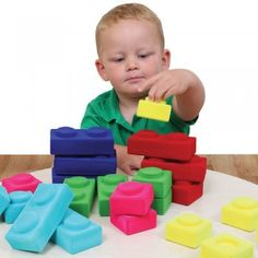 The Rubbablox Basix set is a great, imaginative construction set. Contains 10 large blocks and 10 small blocks. Each piece is made from natural rubber, then covered with nylon flock.