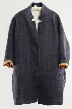 Pomandere Black Coat
