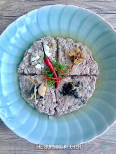 Steamed Minced Pork in 4 Styles (Dong Cai / Mei Cai / Water Chestnut / Salted Fish): Learn to cook this well-loved traditional home-cooked dish in 4 different styles, with just one easy recipe!Make this your 'go-to' recipe to satisfy the different tastebuds in your family!