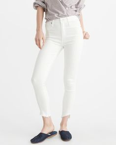 A&F Women's High-Rise Ankle Jeans in White - Size 30L