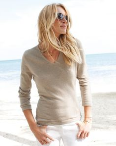 Cashmere V-Neck Sweater | Finest Cashmere Clothing | Pure Collection