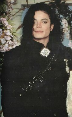 Mj...oughta be a law against this much handsomeness!  Glad there isn't, though!
