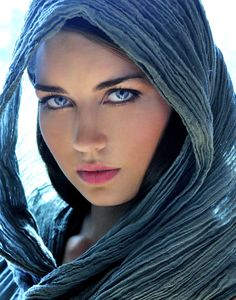 Color Tip: Medium blue eyes will appear brighter when a slightly duller blue scarf, sweater or eye shadow is worn and vice versa.