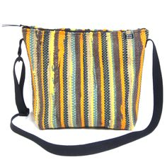 Bag Loom, Hand Weaving, Projects To Try, Textiles, Tapestry, Rugs, Sewing, Pattern, Crafts