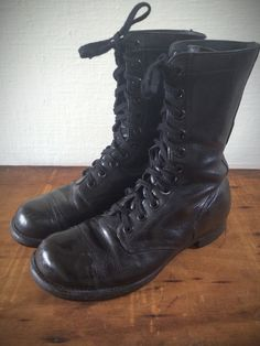 Vintage 1960s Military Combat Jump Boots- Cap Toe Motorcycle Boots Men's 9  by CampCreekVintage on Etsy