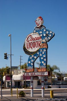 Circus Liquor, North Hollywood