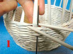 Tejido-del-redoblaje 1 Basket Weaving, Wicker Baskets, Ideas Para, Diys, Recycling, Furniture, Home Decor, Paper Basket, Weights