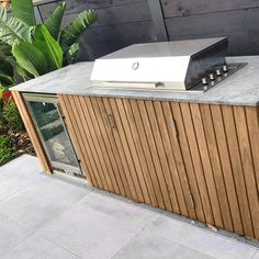 Latest Cost-Free outdoor kitchen stone Popular Outdoor kitchen design is tremendously rewarding within just the property style industry. Outdoor Barbeque, Outdoor Kitchen Patio, Outdoor Kitchen Design, Outdoor Rooms, Outdoor Living, Outdoor Decor, Pergola, O Gas, Kitchen Installation