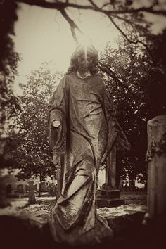 Marker- Angel with No Hand at the Elmwood Cemetery, Memphis, Tennessee. http://www.thefuneralsource.org/cemtn.html