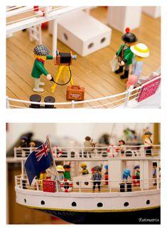 Titanic Papercraft Titanic Playmobil This Picture is Perfect Cool Lego, Cool Toys, Lego Titanic, Titanic Wedding, Do The Harlem Shake, J Birds, Playmobil Sets, Lego People, 90s Toys