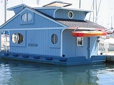 Oooh, someday, spend a year living on the water...  Cape Codder : the ultimate tiny floating home FROM Tiny House Blog