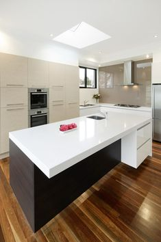 WHITE SWIRL - Wonderful Kitchens