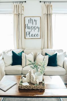 Easy, inexpensive, no sew, DIY farmhouse drop cloth curtains styled 2 different ways! Home Decor farmhouse style DIY Farmhouse Style Drop Cloth Curtains- 2 Ways Farmhouse Style Curtains, Farmhouse Wall Decor, Farmhouse Windows, Farmhouse Ideas, Rustic Farmhouse, Drop Cloth Curtains, Diy Curtains, Cheap Curtains, Rustic Curtains