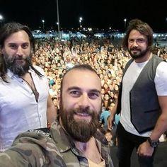 Famous Warriors, Bald With Beard, Drama Tv Shows, Esra Bilgic, Netflix, Turkish Beauty, Life Pictures, Cute Actors, Best Series