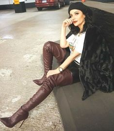 Brown Thigh High Boots, High Leather Boots, Brown Boots, Crotch Boots, Sexy Stiefel, Knee High Heels, Sexy Boots, Dress With Boots, Thigh Highs