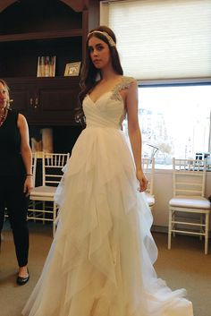 Wedding Dress/Gown - Hayley Paige Bridal