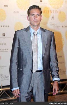 Jim Caviezel, his night job as model for Hugo Boss...