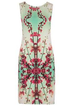 6e1ec160a9a7 32 Best Dress to impress! images   Dress to impress, Superhero dress ...