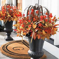 Halloween Urn Decorations How To Decorate For Thanksgiving Guests  Urn Decoration And Holidays