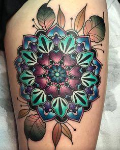 Flower Mandala Tattoo Artist: Katie McGowan 🎀 Little Rock, Arkansas 🌙 Blac. Flower Mandala Tattoo, Colorful Mandala Tattoo, Mandala Tattoo Shoulder, Mandala Tattoo Design, Flower Tattoos, Tattoo Designs, Shoulder Tattoos, Funky Tattoos, Trendy Tattoos
