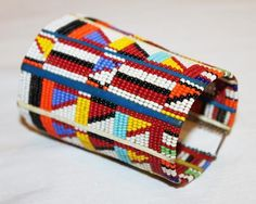 AFRICAN+MAASAI+MASAI+BEADED+TRADITIONAL+ETHNIC+TRIBAL+WIRE+BRACELET+-+KENYA+#14+#Unbranded