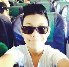 Darren Espanto, Wayfarer, Ray Bans, Korea, Mens Sunglasses, Singer, Gowns, Projects, Style