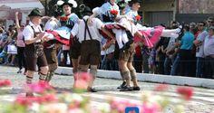 Fotos: Desfile da 26ª Festa do Imigrante | Portal Timbó Net