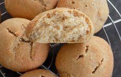 Régime Dukan (recette minceur) : Petits pains aux carrés frais #dukan http://www.dukanaute.com/recette-petits-pains-aux-carres-frais-12660.html